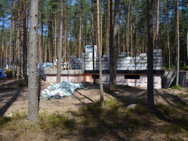 Строительство фундаментов и цоколей под ключ