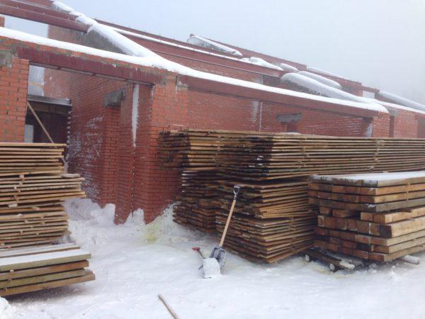 Стены из кирпича, фото проекта
